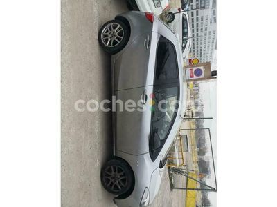 usado Mazda 2 1.3 Iruka 75 cv en Madrid