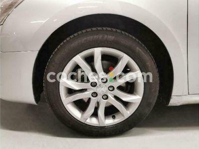 usado Peugeot 508 1.6 Thp Allure 156 cv en Valladolid