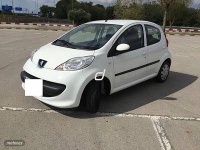 usado Peugeot 107 1.0i Urban 68CV