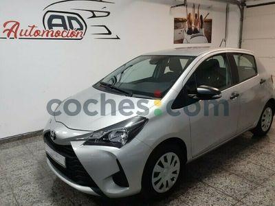 usado Toyota Yaris 1.5 Active 111 cv en Palmas, Las