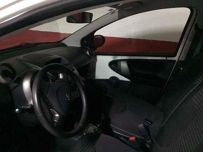 usado Peugeot 107 1.0i Active 2 Tronic
