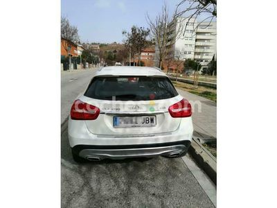 usado Mercedes GLA200 Clase GlaUrban 136 cv en Barcelona