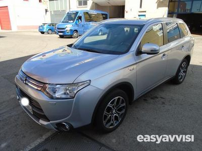 brugt Mitsubishi Outlander 2.0 phev kaiteki auto 4wd 5p 203cv hibrido enchufable electro/gasolina