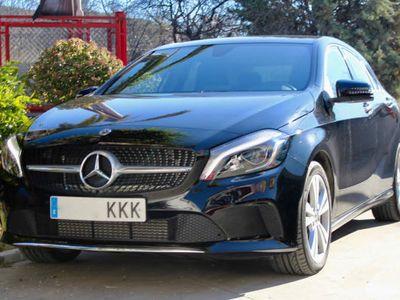 second-hand Mercedes A180 I 7G-DCT AUT CON LEVAS, CAMARA, LED