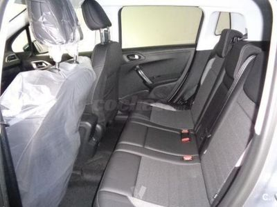 usado Peugeot 2008 Allure 1.6 Bluehdi 100 Ss 5p. -16