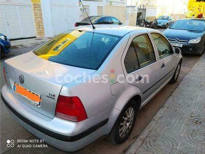 usado VW Bora 1.9tdi Conceptline 100 100 cv en Almeria