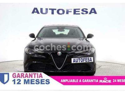 usado Alfa Romeo Giulia 2.2 Diesel Aut. 150 150 cv en Madrid