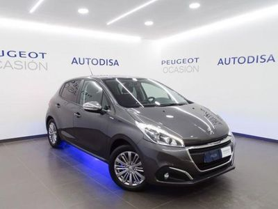 gebraucht Peugeot 208 1.2 PureTech S&S Allure 82