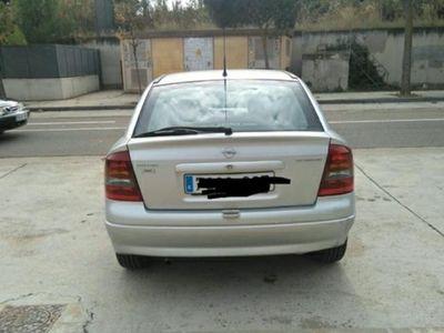 usado Opel Astra 1.6 16v Elegance
