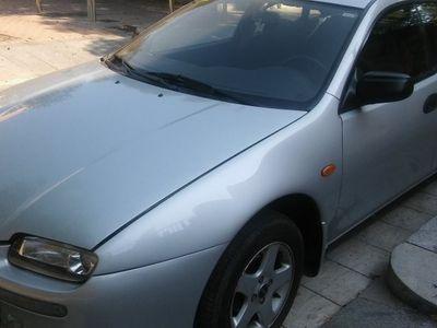 usado Mazda 323F