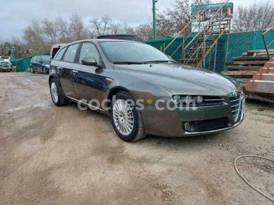 usado Alfa Romeo 159 Sportwagon 2.4jtd Distinctive 200 200 cv en Madrid