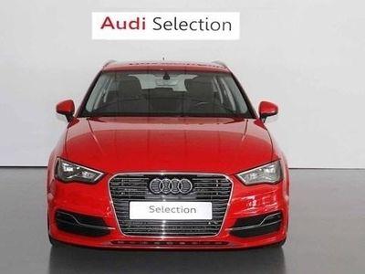 usado Audi A3 Sportback Ambition 1.4 TFSI e-Tron 150 kW (204 CV) S tronic Híbrido Electro/Gasolina Rojo matriculado el 11/2015