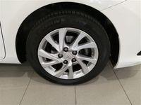 usado Toyota Auris Touring Sports hybrid 140H Active