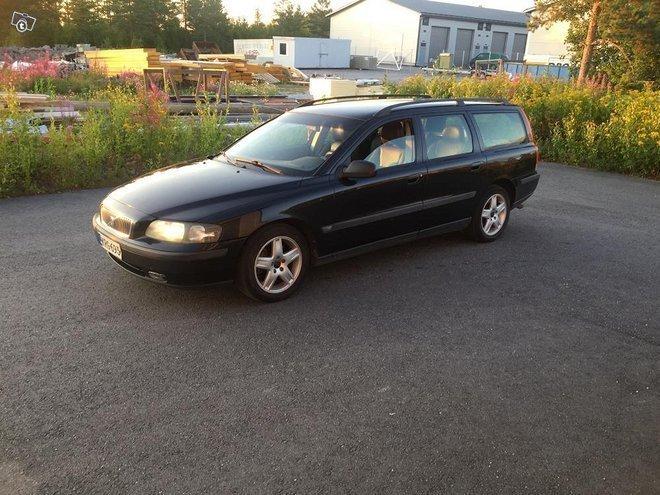 Myyty Volvo V70 2 4d5 Autom 02 Myytavana Olevat Kaytetyt Autot
