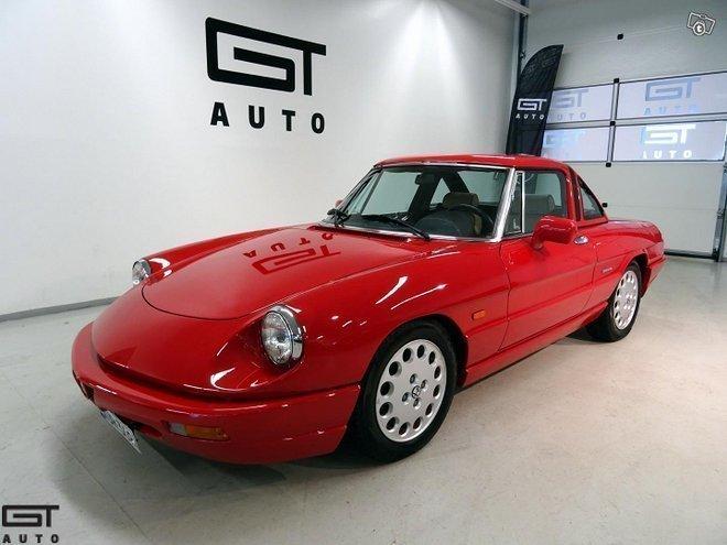 Alfa Romeo Spider >> Myyty Alfa Romeo Spider Myytavana Olevat Kaytetyt Autot