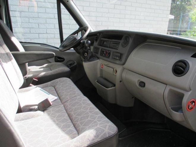 myyty renault master 2 5 dci 120 um myyt v n olevat k ytetyt autot. Black Bedroom Furniture Sets. Home Design Ideas