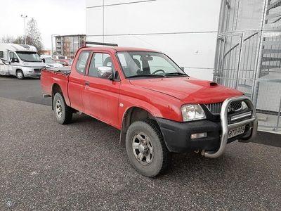 käytetty Mitsubishi L200 2,5 TD 4WD