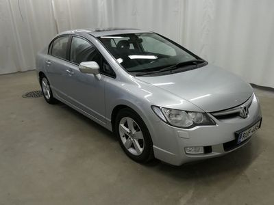 käytetty Honda Civic 4D 1,8i Comfort AT Business