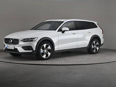 käytetty Volvo V60 CC D4 AWD Business A- Huippuvarusteet-
