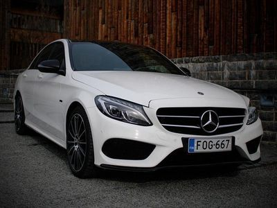 käytetty Mercedes C350e AMG-line, huippuvarusteet