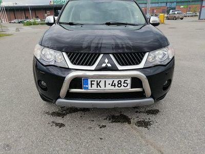 käytetty Mitsubishi Outlander 2.4 MIVEC instyle business A