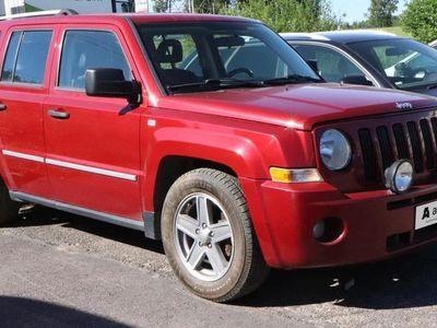 käytetty Jeep Patriot *POISTOAUTO* 2,0 CRD Limited Myydään edullisesti.
