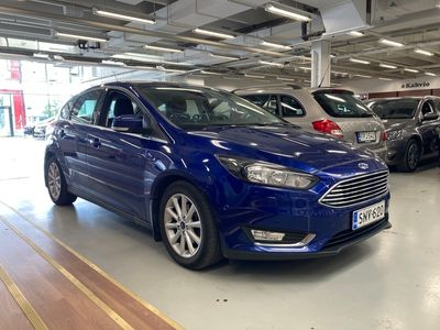 käytetty Ford Focus 1,0 EcoBoost 125 hv Start/Stop M6 Titanium 5-ovinen*Lämmitettävä tuulilasi*Avaimeton käynnistys*