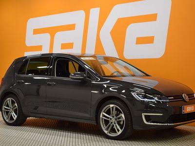 käytetty VW Golf e-Golf 100 kW (136 hv) automaatti ** DynAudio / Led / Navi Tutkat / Lämmitettävä tuulilasi / Juuri t
