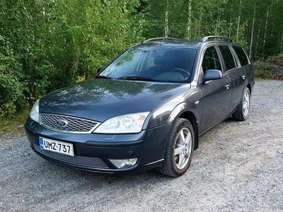 käytetty Ford Mondeo 2.0TDCi 130 Limited Wagon M6