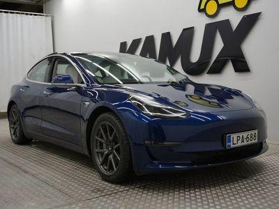 käytetty Tesla Model 3 Long-Range Dual Motor AWD / TULOSSA MYYNTIIN - Kysy myyjiltämme lisää / Autopilot / Panorama / Vaaleat nahat / Kamera /