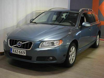 käytetty Volvo V70 D3 Summum aut