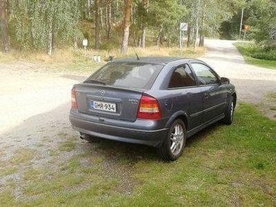 käytetty Opel Astra 1.8 16v automaatti