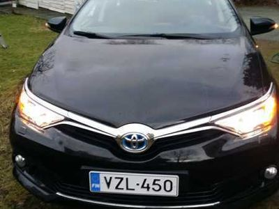 käytetty Toyota Auris Touring Sports 1,8 Hybrid Active