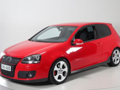käytetty VW Golf GTI 2,0 turbo 147 kW FSI, DSG-aut. 3d - Tyllikäs pikku sportti.