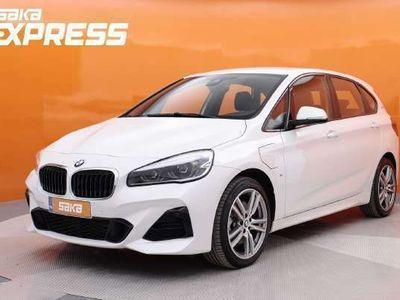 käytetty BMW 225 Active Tourer F45 225xe A Business Sport ** HIENO! / M-Sport-paketit / Metalliväri / LED / Plug In /