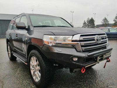 käytetty Toyota Land Cruiser 4,5 D-4D Luxury 7h A
