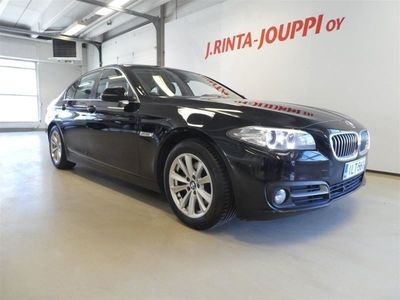 käytetty BMW 520 520 F10 Sedan d TwinPower Turbo A xDrive Business *HILJATTAIN HUOLLETTU SUOMI-AUTO*
