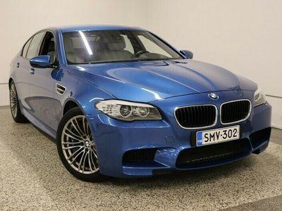 käytetty BMW M5 F10 Sedan 560hp / 4-alue ilmastointi / Nahkaverhoilu / HUD / Navigointi / Xenon / Tutkat / M Driver paketti