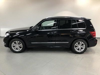 käytetty Mercedes GLK220 CDI 4MATIC BlueEfficiency 7G-Tronic AUT*FACELIFT*SPORTS PACKAGE INT*NAVI*ILS*LED*PDC*2 x RENKAAT