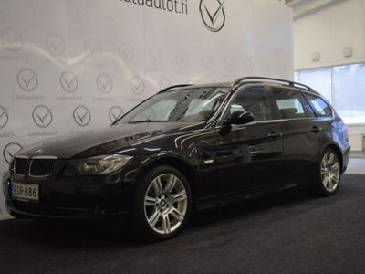 käytetty BMW 330 xdA Touring Xenon, Nahat, PDC, Cruise jne! Juuri huollettu!
