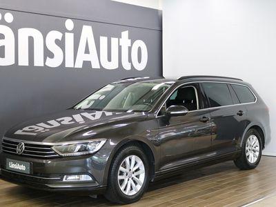 käytetty VW Passat Variant Comfortline 1,5 TSI EVO 110 kW (150 hv) DSG-automaatti **** LänsiAuto Safe -sopimus hintaan 590€. ****