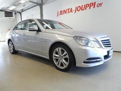 käytetty Mercedes E220 CDI BE A Premium Business Avantgarde 170hp * TUTKAT NAHKAPENKIT ILS BIXENON *