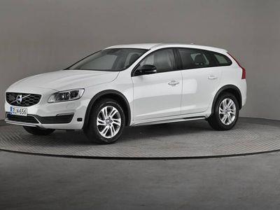 käytetty Volvo V60 CC D3 Business Classic A- On Call, Navi, Nahat-