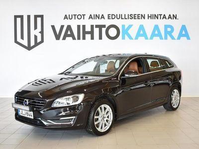 käytetty Volvo V60 D6 AWD Summum plug in hybrid aut. # Xenon, Navigointi, Muistipenkki, Nahkaverhoilu, Tutkat #