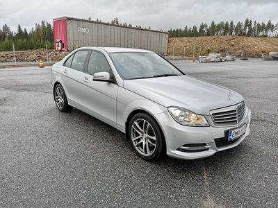 käytetty Mercedes C180 Sedan