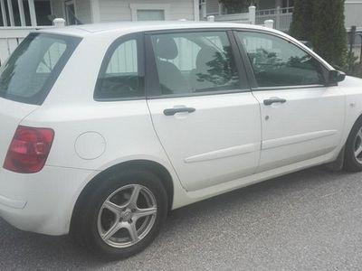 käytetty Fiat Stilo 4D Hatchback 1.4