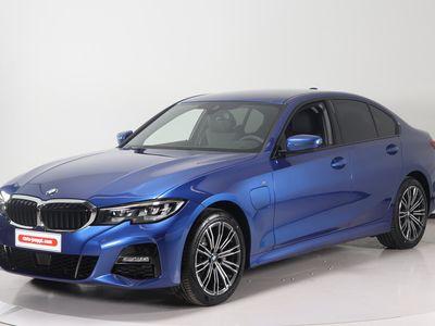 käytetty BMW 320 G20 Sedan 320e A Charged Edition M Sport - Aktiivinen vakionopeussäädin - Vetokoukku - Toimi