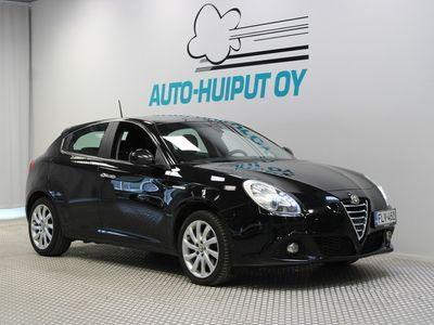 käytetty Alfa Romeo Giulietta 1,4 MultiAir 170hv TCT Distinctive *** Juuri tullut / 1-omisteinen / Hyvin huollettu / Lohkolämmitin ***