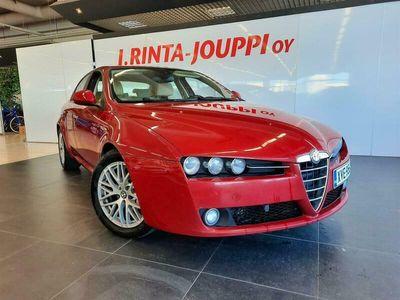 käytetty Alfa Romeo 159 1,9 JTDm 120hv Business Diesel ** Jakopää 123tkm / Parkkitutka / BT Handsfee / Irroitettava koukku *