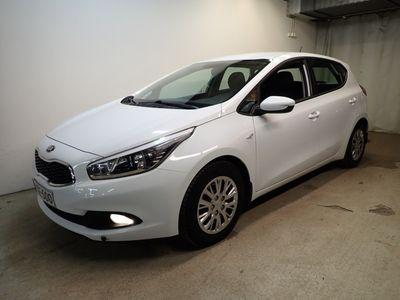 käytetty Kia cee'd 1,4 ISG LX 5D EcoDynamics**Vaihtoautoihin korko 2,49%+kulut Huoltorahalla+1500€ hyvitys katsastetusta autosta!**
